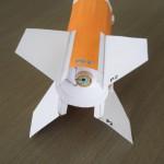 モデルロケットエンジンC11型を搭載